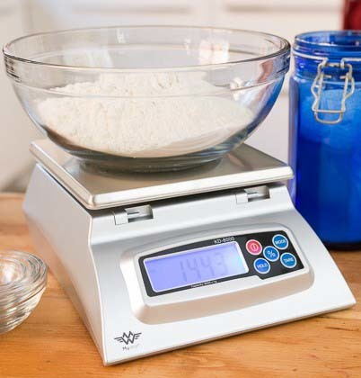An image of weighing machine with creatine